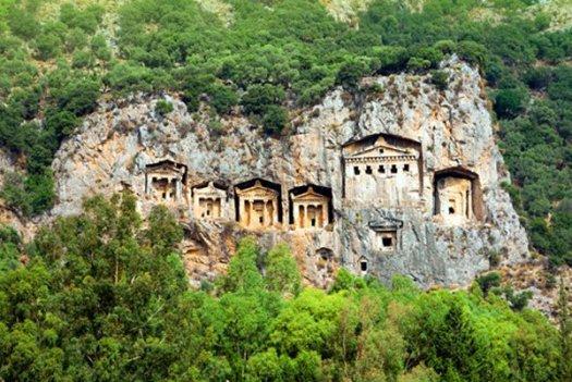 lycians-tombs